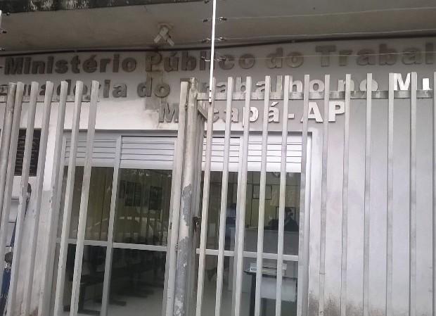 Salários atrasados: Terceirizados conseguem acordo com o governo do Estado