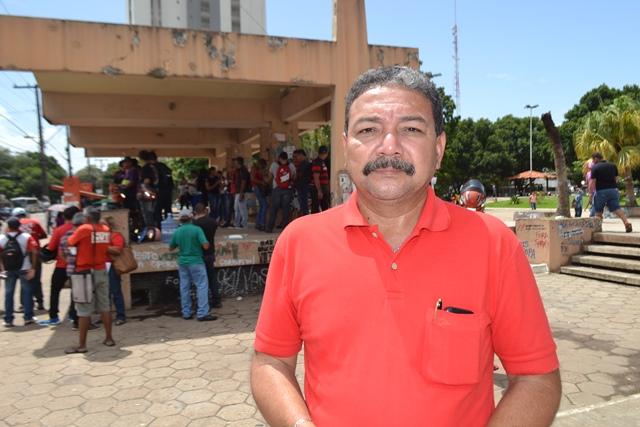 Roberto Farias, Sindicato dos Vigilantes: reaproveitamento do pessoal pela LMS