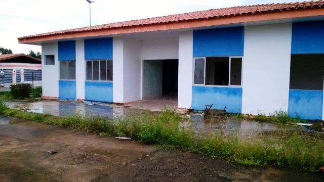 Unidade de saúde do Bairro Paraíso há 4 anos em construção
