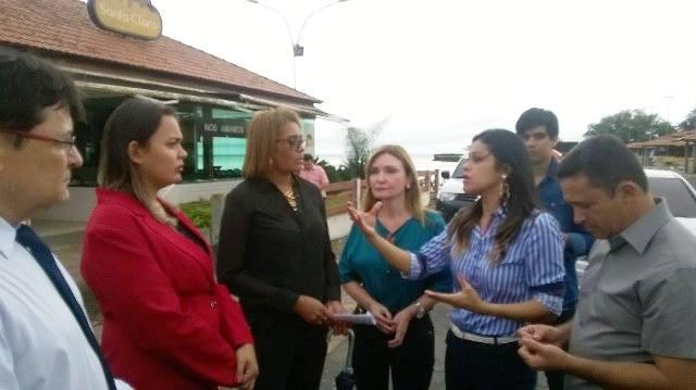 Parlamentares discutem com técnicos da Seinf o projeto de revitalização