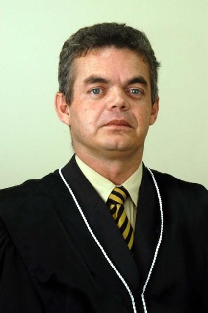 Marconi Pimenta toma posse como juiz no Amapá