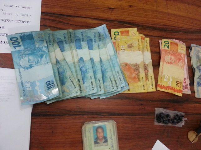 Além do crack, acusado tinha R$ 1,5 mil em dinheiro