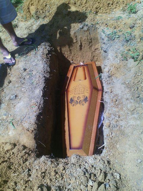 O menino foi sepultado pela segunda vez, agora em Macapá.