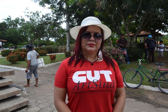 Ivaneia Alves, da CUT: contra a terceirização e a retirada do governo do polo passivo