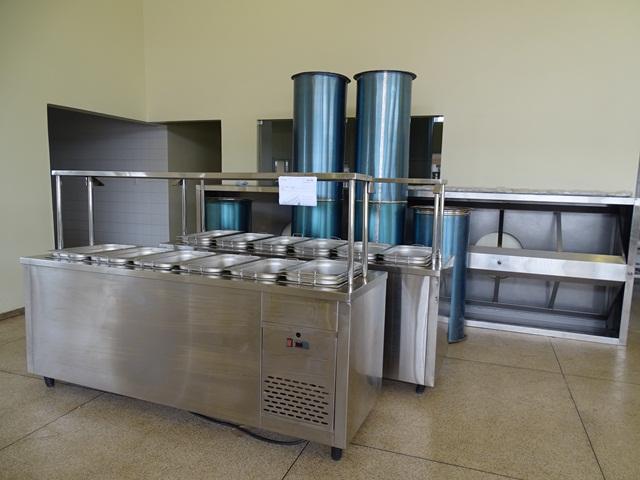 Equipamentos comprados para preparação das refeições: inspeção final pode abrir as portas do restaurante