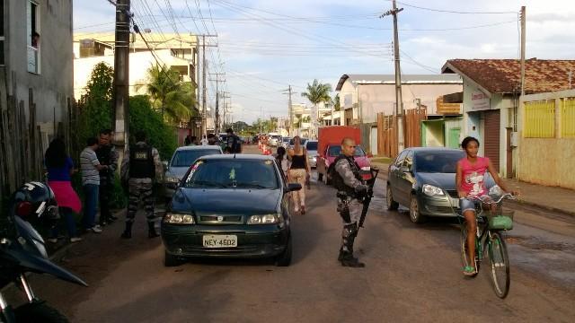 os policia do Bope buscam por traficantes e assaltantes já identificados