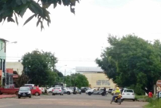 A rua José Antonio Siqueira foi fechada pelo Bope