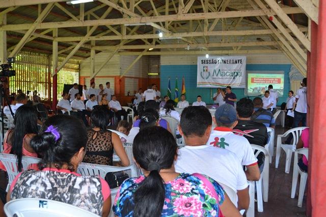 Sessão realizada no Centro Comunitário da Vila Progresso