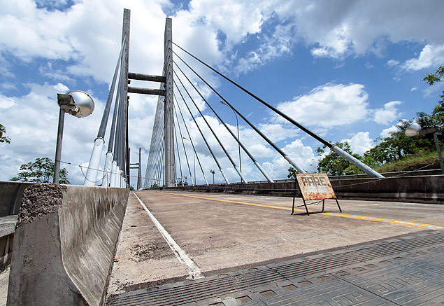 A abertura da ponte binacional é uma preocupação a mais