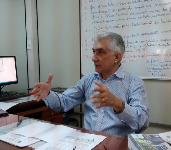 Sebastião Magalhães, sec. de Administração