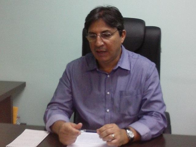 Secretário Pedro Leite: os servidores precisam entender a situação financeira do Estado