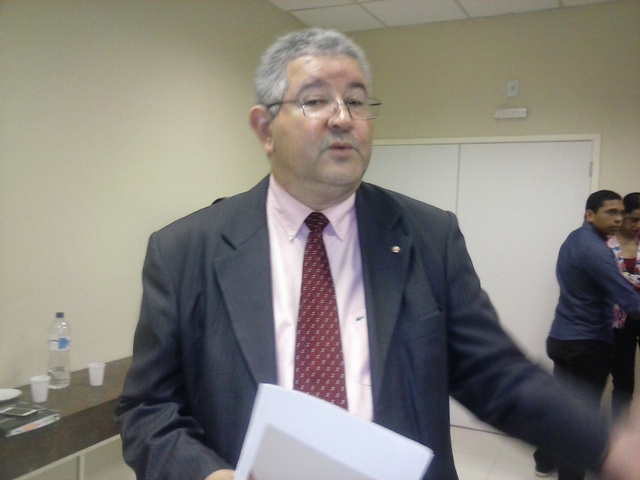 Promotor Elder Abreu: não queremos punir o policial, mas esclarecer os fatos
