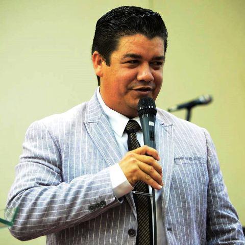 Liderança da Assembleia de Deus, o pastor Rodrigo Lima, é pastor há 13 anos