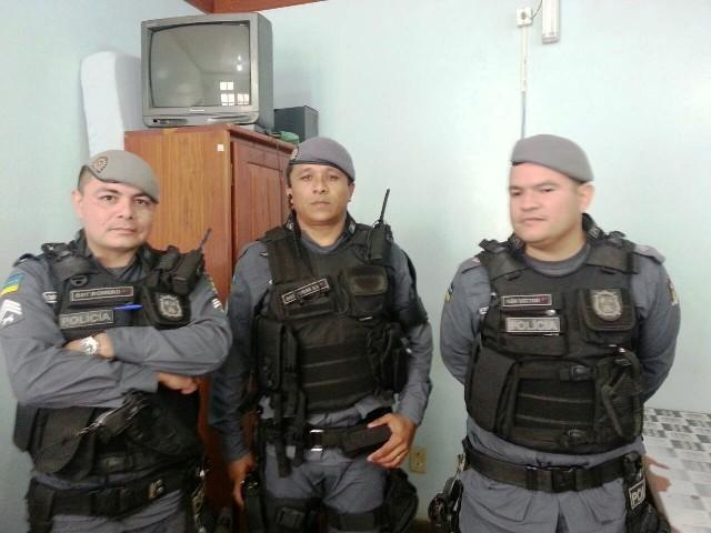 Equipe do 6º Batalhão que efetuou as prisões