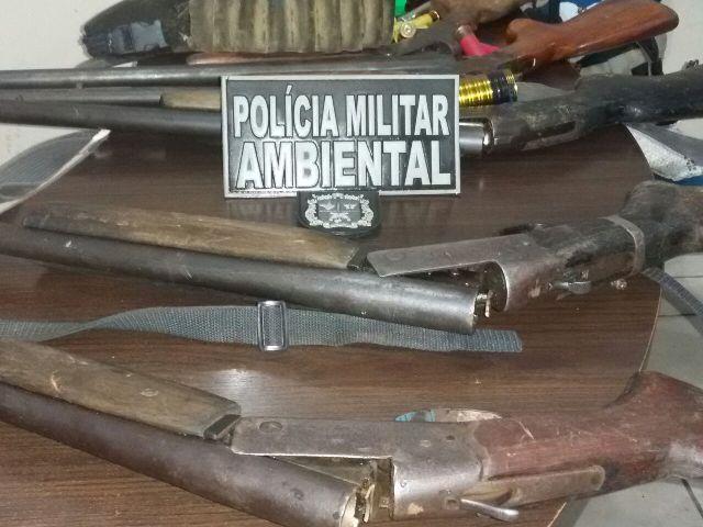 Carabinas calibres 12 e 20. Foto: Batalhão Ambiental