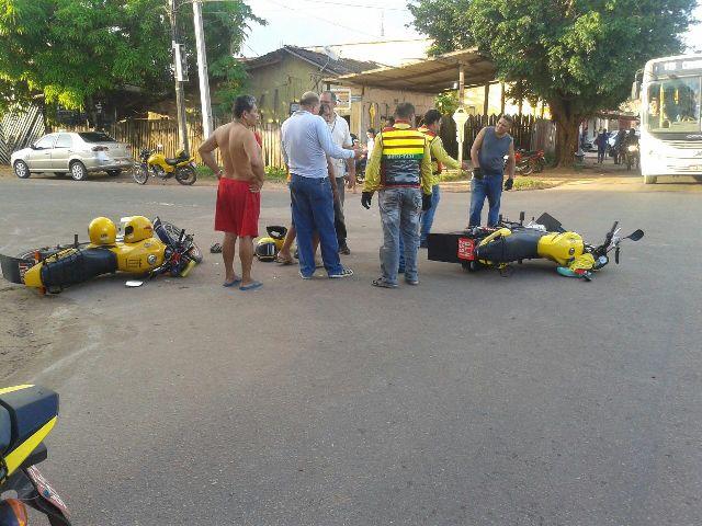Na esquina da Rua General Rondon com a Avenida Pedro Américo o criminoso atingiu dois mototaxistas. Fotos: Valdeci Ferreira