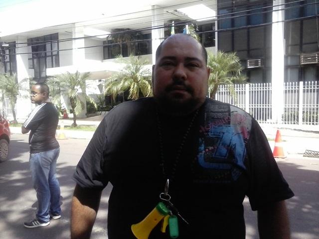 Marlon Vaz, do DCE da Ueap, diz que estudantes apoiam o movimento