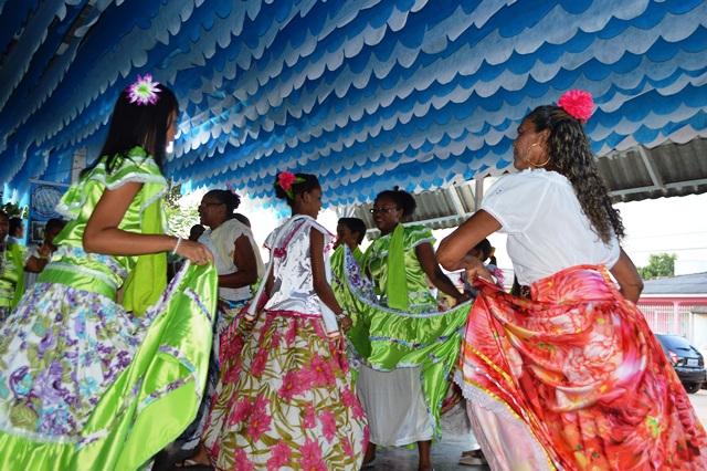 Barracão da Tia Gertrudes será aberto às 16 horas. Fotos: Mariléia Maciel