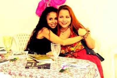 Mary Paes e Graça Aranha são as amapaenses que participam da coletânea (Foto: Jornal A Gazeta)