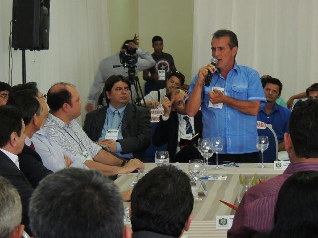 Prefeito Miguel do  Posto disse que Oiapoque foi abandonado. Foto: Humberto Baía