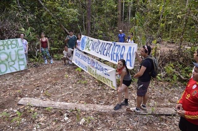 ONG Pegadas de Oiapoque luta pela criação do Parque da Pedra. Fotos: Humberto Baía