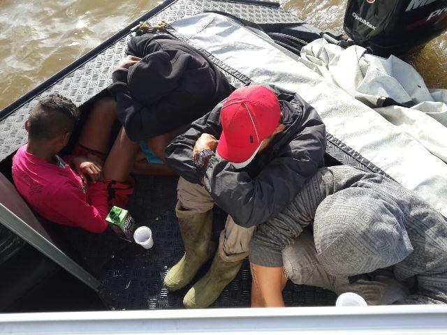 No total, 18 migrantes foram detidos. 13 são haitianos