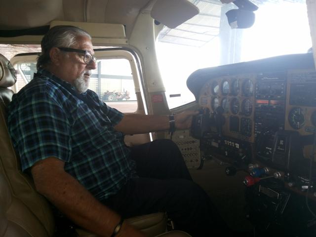 Carlão fugia de casa para ver aviões pousando e decolando do Aeroporto de Macapá