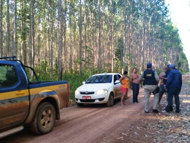 Polícia Rodoviária Federal e amigos do taxista fazem busca nos ramais entre Macapá e Porto Grande