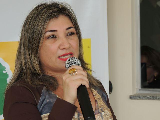 A promotora Neuza Rodrigues fez discurso emocionado