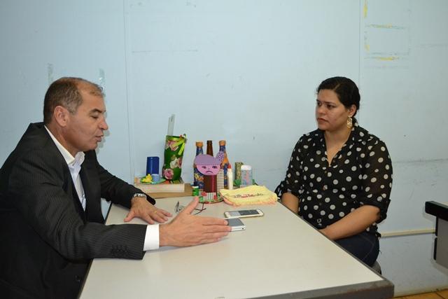 Juiz Luciano Assis e a Diretora do Núcleo, Kely Pantoja
