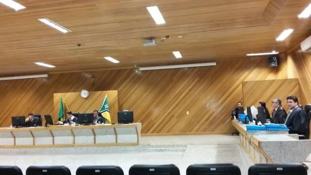 Nas sessões do TRE, a presidência do Tribunal vem lembrando os pré-candidatos