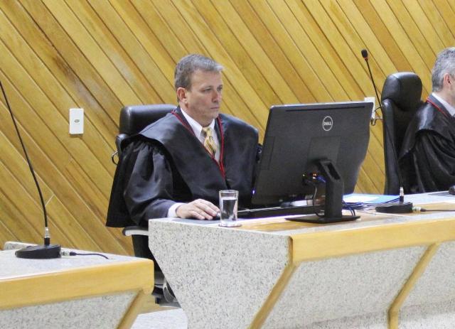 Juiz Vicente Gomes foi o relator do processo, acompanhado por todos os membros do Tribunal