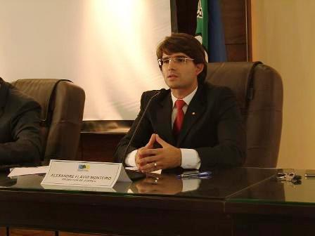 Promotor Alexandre Flávio pediu o afastamento do candidato