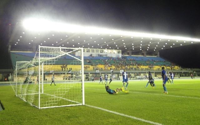 O Santos jogou como gente grande e não deu chances para o adversário