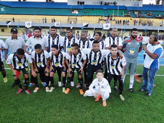 A equipe do Santos mostrou força dentro de campo