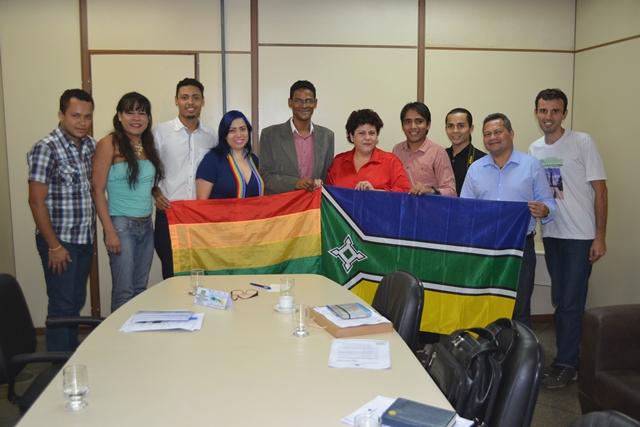 Movimento LGBT na reunião com a desembargadora Sulei Pini