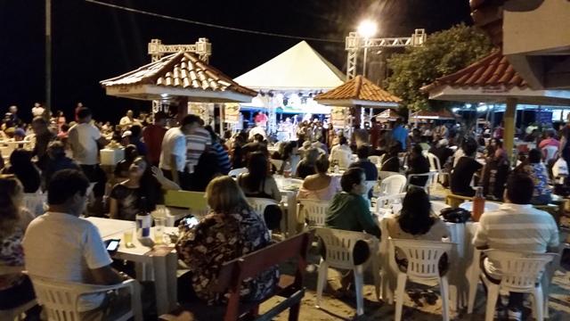 Balneário ficou lotado no último dia do Macapá Verão. Foto: Seles Nafes