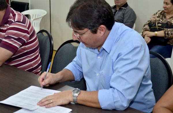 Pedro Leite, secretário de Saúde: