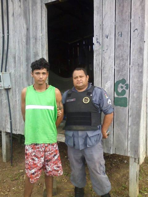Sargento R. Gomes localizou o acusado que não resistiu à prisão