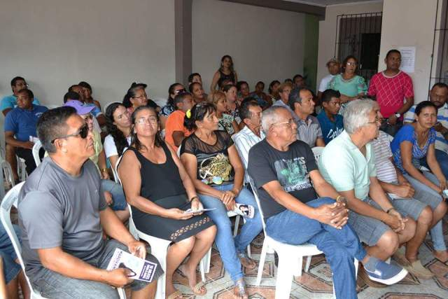Mais de 70 lideranças comunitárias de vários bairros de Santana estiveram presente