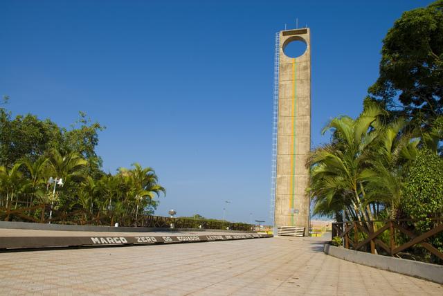 Um dos símbolos de Macapá será iluminado de azul durante a campanha