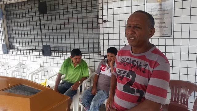 Josias Souza, o amigo das últimas horas: peregrinação em vão. Fotos: Seles Nafes