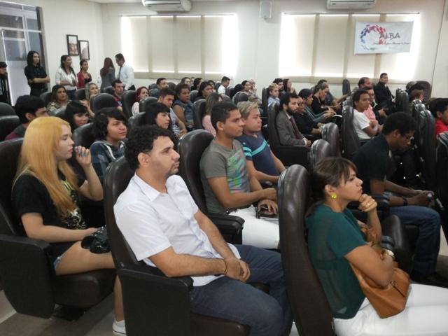 Comunidade LGBT presente ao lançamento da programação comemorativa