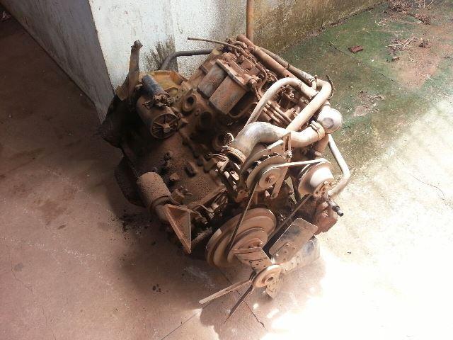 Motor já havia sido retirado do caminhão.