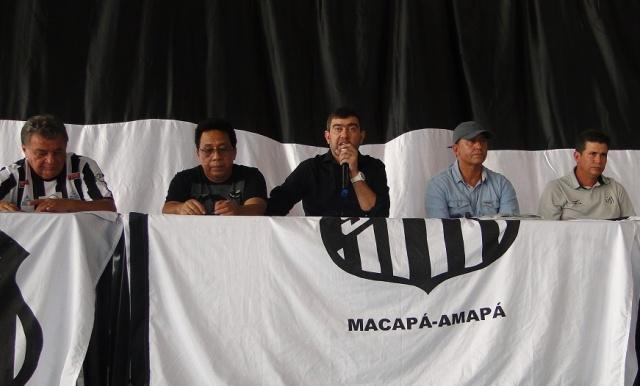Presidente de honra do Santos, Luciano Marba: é obrigação vencermos o estadual