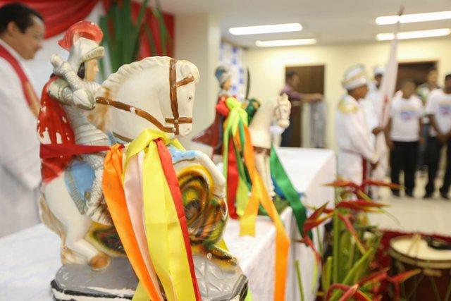 A imagem do santo peregrinou por vários orgãos oficiais em Macapá