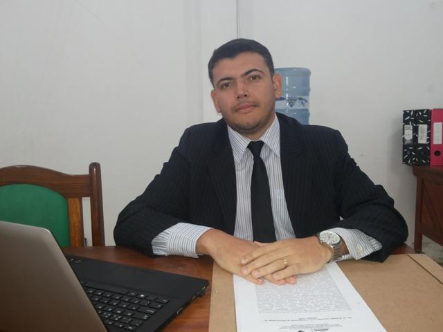 Assessor Jurídico do Procon Raphael Nascimento: o consumidor não pode ter tanto prejuízo. Fotos Cassia Lima