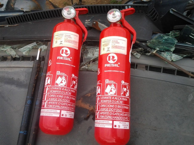 O extintor ABC pode ser usados em qualquer situação de incêndio
