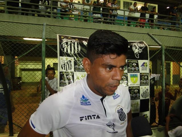 Índio, autor do gol que deu a vitória ao Santos, acredita na classificação