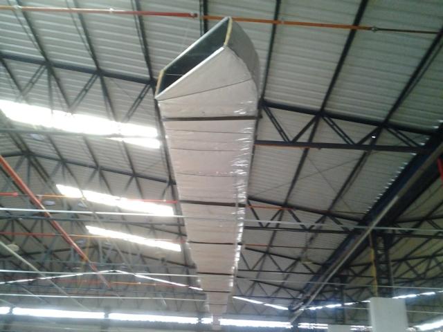 Como fica um duto de ar refrigerado sem limpeza. Fotos: ilustração